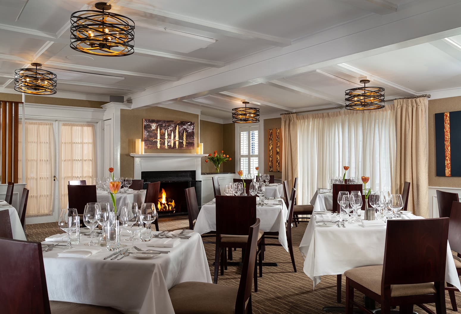 Fine dining at the Chatham Inn Restaurant