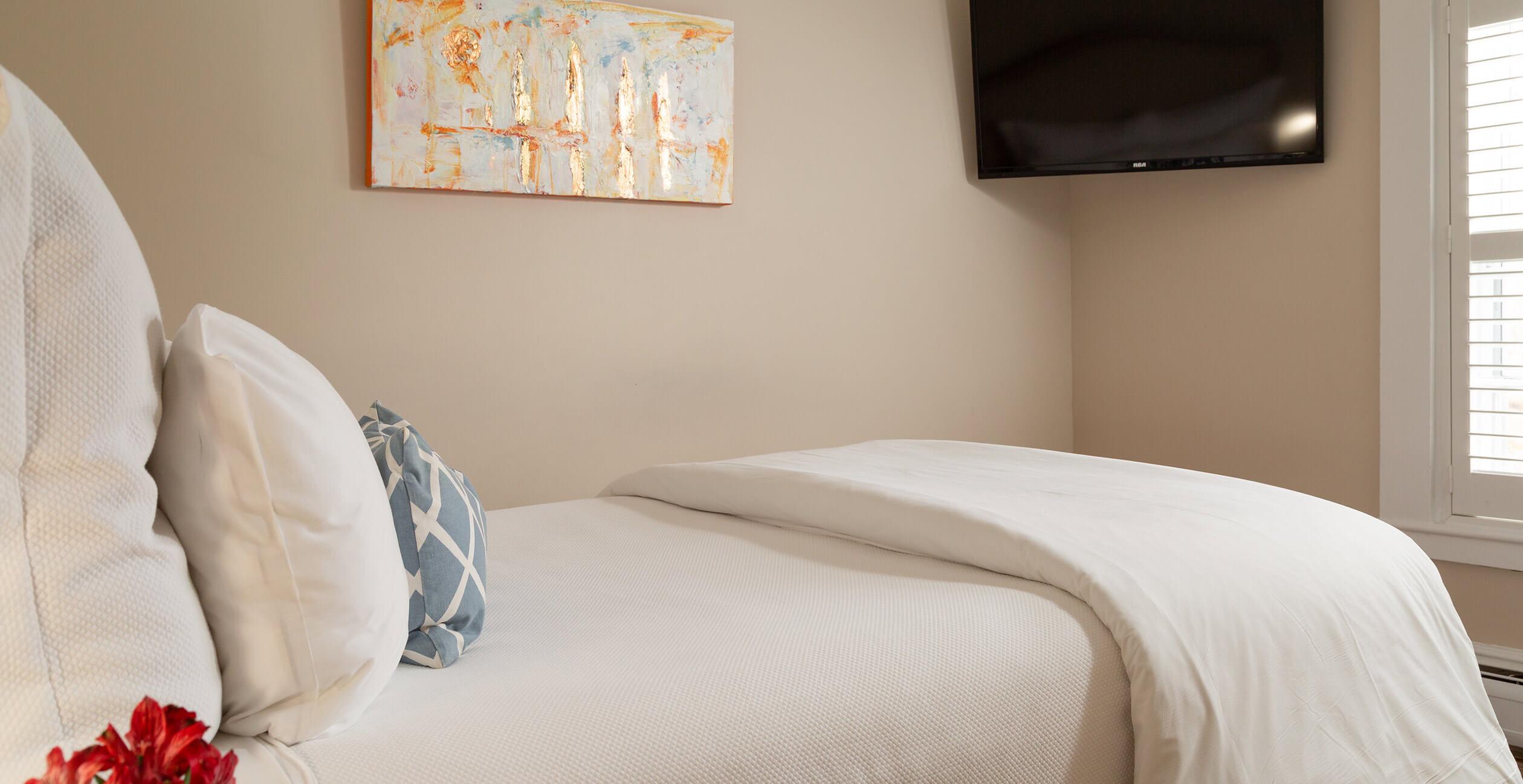 Room 15 bed