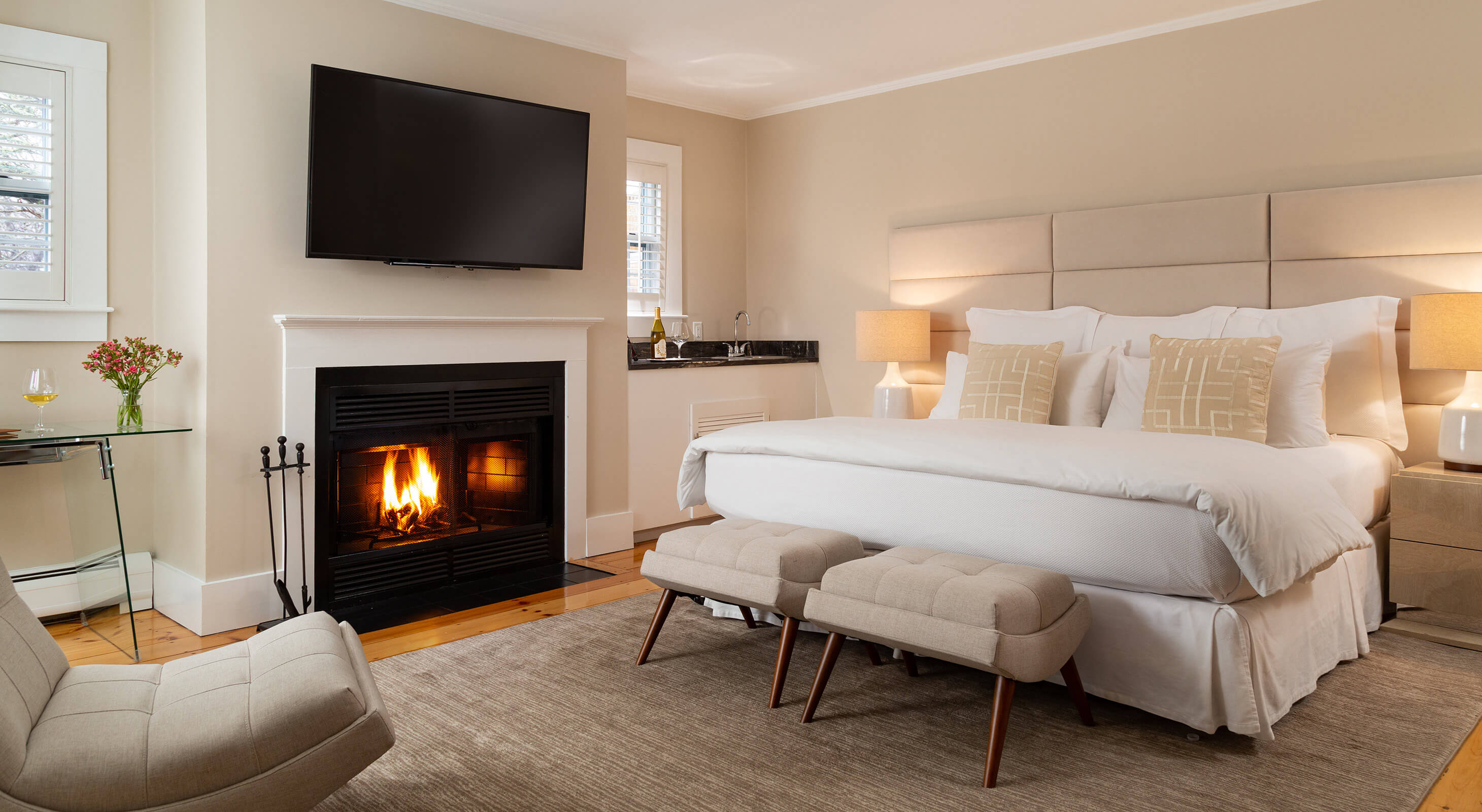 Room 3 fireplace and bed
